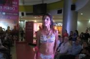 Otro de los bikinis presentados en el Tolón Fashion Mall